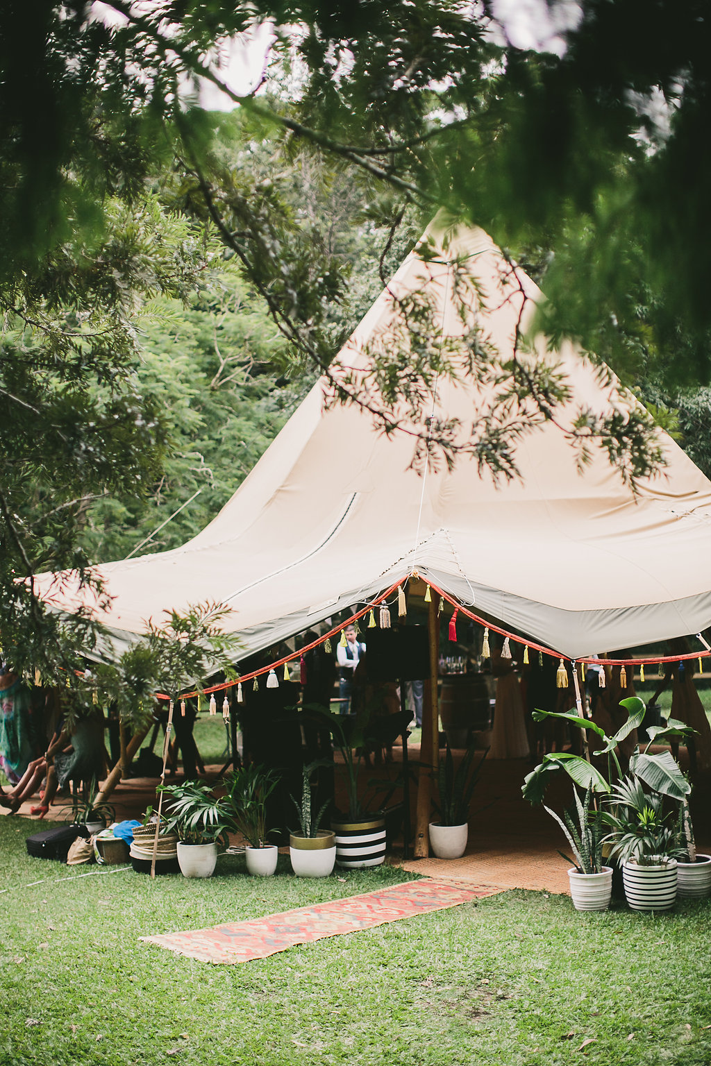 marquee hire, tipi wedding, weddings gold coast, tipi