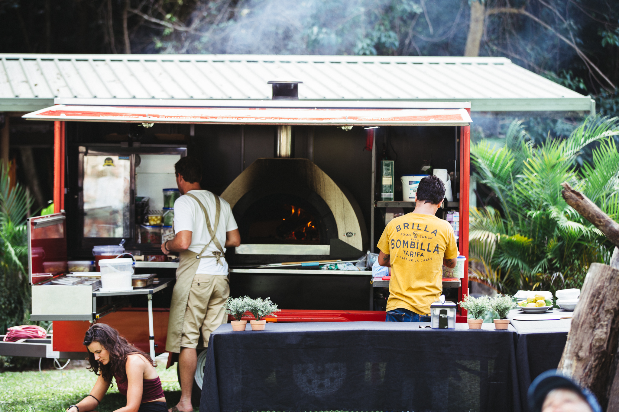 wood fired pizza, wedding catering, marquee hire, gold coast tipis, wedding food gold coast
