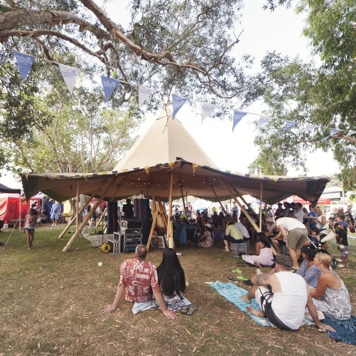 festival, buskers on the creek, gold coast, gold coast tipis