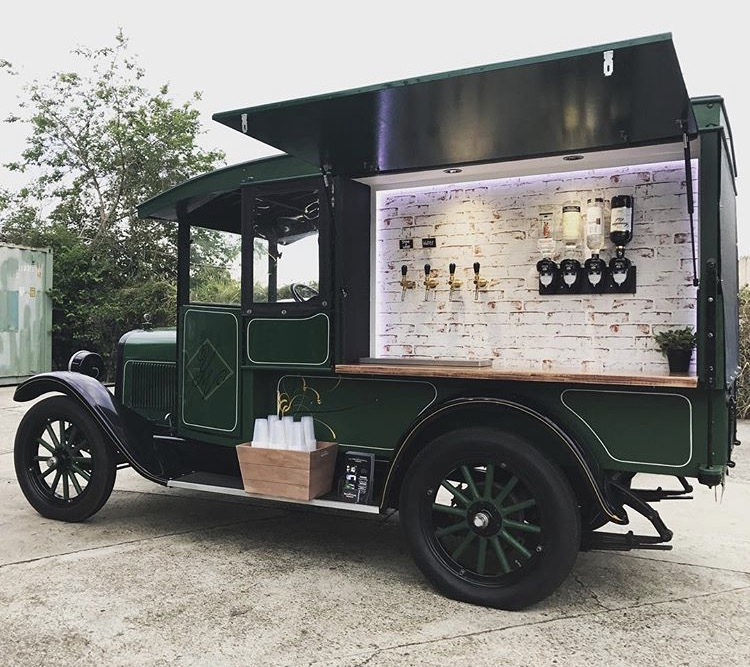 vintage car, mobile bar, gold coast weddings, gold coast tipis, mobile bar, event hire